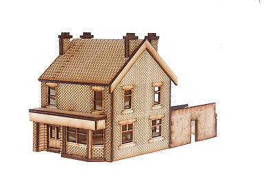 PB002 Victorian Terraced Pub Right Hand OO Gauge Laser Cut Kit